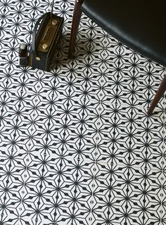 floor pattern | tilies | Sorrento Nizza http://www.firedearth.com/tiles/range/sorrento/mode/grid