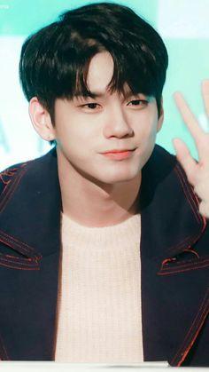Credit to owner Seong, Dancer, Kpop, Wallpaper, Twitter, Dancers, Wallpapers