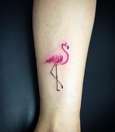 507 vind-ik-leuks, 11 reacties - Giulia Carnio Tattooartist (@giuliacarnio) op Instagram: 'Something different for today  #littletattoo #d13tattoo #tattoo #flamingo #flamingotattoo…'
