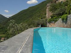 The pool in Colletta di Castelbianco.