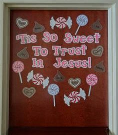 'Tis So Sweet To Trust In Jesus! – Christian Valentine's Day Display Christian Valentine's Day Door Display and Bulletin Board Idea Christian Bulletin Boards, Church Bulletin Boards, Preschool Bulletin Boards, Bullentin Boards, Sunday School Rooms, Sunday School Classroom, Sunday School Crafts, Classroom Door, Classroom Ideas