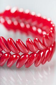 Cob-bracelet and earrings made with preciosa ornela chilli beads. Free PDF. #Seed #Bead #Tutorials
