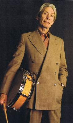The Rolling Stones, Charlie Watts - coolest kid in town Rock And Roll Bands, Rock N Roll Music, Rock Bands, Recital, Sound Of Music, Music Is Life, Los Rolling Stones, Ron Woods, Charlie Watts