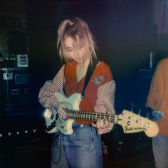 Sabrina Carpenter on - Musik Music Aesthetic, Aesthetic Grunge, Aesthetic Vintage, Aesthetic Photo, Aesthetic Girl, Fotografia Grunge, Grunge Photography, Photography Music, Urban Photography
