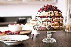 Čokoládovo-malinový Meringue aneb dort Pavlova