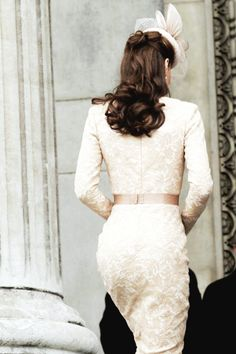 Classic lace bridal inspiration from Kate Middleton