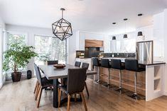 Kitchen cabinets - hickory calico, white acrylic, quartz - Simard Cuisine e . Condo Kitchen, Kitchen Dinning, Kitchen Interior, New Kitchen, Kitchen Remodel, Kitchen Design, Kitchen Decor, Hickory Kitchen, Kitchen Cabinets