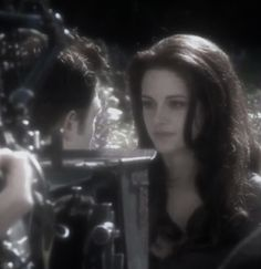 Twilight Cast, Twilight Photos, Hot Vampires, The Cullen, Ailee, Bella Swan, Nature Aesthetic, Photo Dump, Kristen Stewart