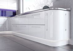 Hi White gloss kitchen