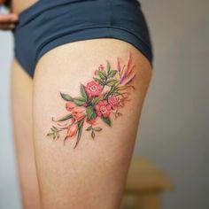 Divino Flores por Nando Tattoo