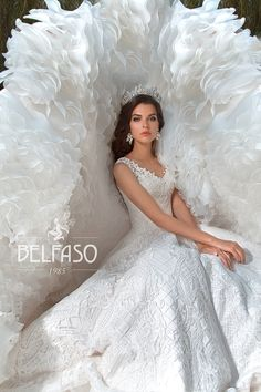 Wellcome to fashion world Belfaso. Stunning Wedding Dresses, Flower Girl Dresses, Long Dresses, Happily Ever After, Bridal Gowns, Glamour, Gown Dress, Bride, Precious Moments