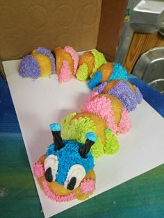 Caterpillar cupcakes cake made by Pastry Pantry in Borger Texas