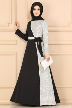 Pul İşlemeli Tesettür Abiye Siyah&Ekru - Rifle Tutorial and Ideas Batik Fashion, Abaya Fashion, Muslim Fashion, Fashion Dresses, Vestido Batik, Batik Dress, Hijab Style Dress, Dress Outfits, Estilo Abaya