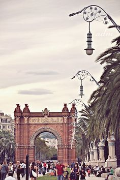 Arc de Triomf ,  Barcelona  Catalonia // Didn't know Spain had one too. Another place on my checklist, then.