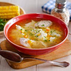 Куриный суп с кукурузными клецками в мультиварке