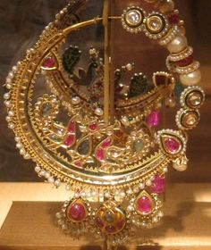 Mughal Jewelry ~ Royal and antique jewelry of North India-Mughal nose-ring crafted out of gold and studded with various precious gemstones Mughal Jewelry, India Jewelry, Antique Jewelry, Jewelry Gifts, Nose Jewelry, Royal Jewelry, Face Jewellery, Nath Nose Ring, Nose Rings