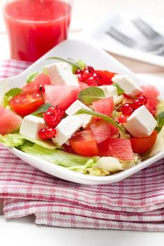 Wouldn't you agree that watermelon is one of the most delicious fruits there are? It is also an antioxidant, diuretic and it aids the body to detoxify itself. You can enjoy this scrumptious fruit by making watermelon juice or a delicious salad with #queso panela #cheese, tomatoes, lettuce and mint leaves, to be shared with your family or just by yourself. Enjoy!  www.losaltosfoods.com