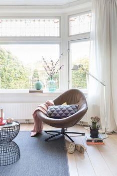 Laat je inspireren door de pracht van de jaren 30 stijl Living Room Inspiration, Interior Inspiration, Different House Styles, Interior Architecture, Interior Design, Tadelakt, Lounge Chair Design, Contract Furniture, Home Fashion