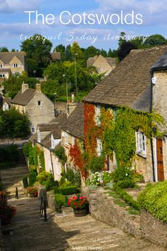 Visit the bucolic Cotswolds. This three-day itinerary takes you through the rolling hills and medieval villages of south-central England. Countryside Style, England Countryside, Road Trip Uk, Road Trip Photography, English Country Decor, Big Garden, Rooftop Garden, Diys, Hacks