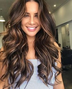 Ideas Hair Color Ideas For Brunettes Balayage Spring Hairstyles Hair Color Balayage, Hair Highlights, Balayage Brunette Long, Curly Balayage Hair, Brunette Hair Color With Highlights, Dark Brown Hair With Caramel Highlights, Baliage Hair, Dark Brown Balayage, Fall Balayage