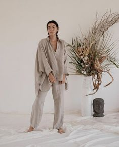sfgirlbybay / bohemian modern style from a san francisco girl Beige Outfit, Iranian Women Fashion, Summer Outfits, Summer Dresses, Mode Hijab, Color Stories, Mode Inspiration, Natural Linen, Swagg