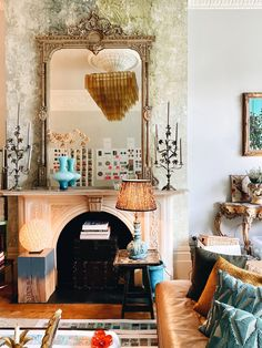 A house tour with Fashion Designer Matthew Williamson - Mad About The House Interior Design Inspiration, Decor Interior Design, Yellow Chest Of Drawers, Pink Hallway, Sophie Robinson, Yellow Cabinets, Mad About The House, London Apartment, Green Rooms