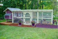 Now THIS is a chicken coop worthy of a garden! Based on the design from http://cleancoops.com/