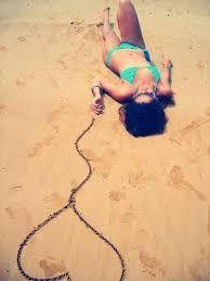 Resultado de imagem para fotos para tirar na praia tumblr