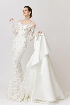 Wedding Gown Guide: Narrow to Full – The FashionBrides – Wedding Gown Wedding Dress Trends, Elegant Wedding Dress, Dream Wedding Dresses, Wedding Gowns, Wedding Shoes, Wedding Favors, Wedding Ideas, Boho Vintage, Modest Wedding Dresses
