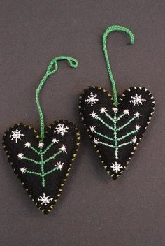 Ulla Anobile: TREE of LIFE HEARTS hand stitched felt, embroidery floss, beads, polyfill Christmas Hearts, Christmas Ornaments, Felt Embroidery, Heart Hands, Felt Diy, Felt Fabric, Felt Hearts, Hand Stitching, Prayer