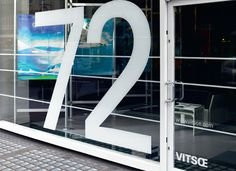 72 Wigmore StreetThe location address was exploited as the exhibition title.A happy coincidence.