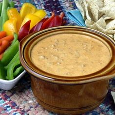 Slow Cooker Chili Con Queso Cheese Dip
