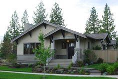 modern craftsman exterior by Paul Moon Design Craftsman Bungalow Exterior, Craftsman Home Decor, Ranch Exterior, Craftsman Style Homes, Craftsman Bungalows, Craftsman House Plans, Exterior Paint, Bungalow Porch, Exterior Homes