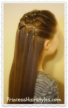 Christmas tree hairstyle tutorial