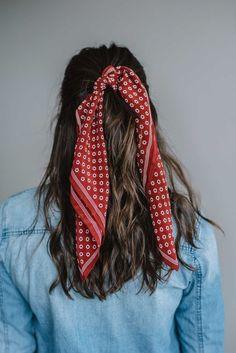 Hair Scarf Styles, Curly Hair Styles, Bandana Ideas, Hair Band Styles, Scarf Hairstyles, Cute Hairstyles, Bandana Hairstyles For Long Hair, Hairstyle Ideas, Long Hairstyles