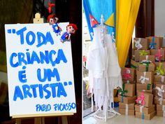 Os irmãos Bernardo, de 3 anos, e Rafaela, de 6, ganharam uma festinha lúdica e pra lá de divertida! Como os dois adoram brincar de tinta, desenhos e colage