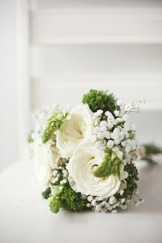 white and green // photo by RebeccaHansenWeddings.com