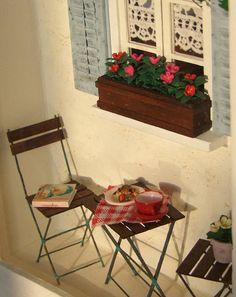 Miniature Balcony Scene Roombox Dollhouse Miniatures