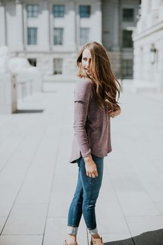 Winter Momiform! High waisted skinny jeans with the perfect mauve sweater and booties!