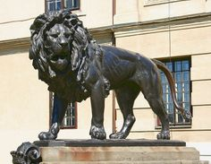 socha leva My Town, Lion Sculpture, Statue, Art, Art Background, Kunst, Performing Arts, Sculptures, Sculpture