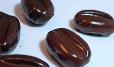 Kávová zrna z Mily