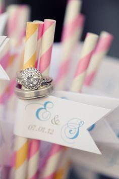 Love this ring shot!_ another pinner says love the ring