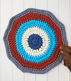 How to make a crochet rug with t-shirt yarn