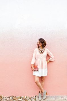 The Most Comprehensive Guide to Houston's Colorful Walls - Carrie Colbert Blush Walls, Pink Walls, Best Paint Colors, Wall Colors, Houston Murals, Houston Tx, Mesa Home Office, Flat Color Palette, Cute Poses For Pictures