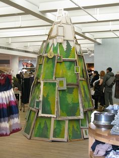 Frames with downtown business imagery? - Christmas display, Anthropologie, New York