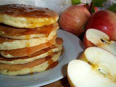 Come saprete, io adoro le mele e la ricetta che vi propongo è proprio quella dei PANCAKES ALLE MELE grattugiate. Un mix di sapori e dolcezza insieme. La mela e la cannella.