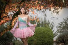 Vestido para #quinceaneras #tutu corto. Fotografia y video www.patriciocalle.com 0999555260  #15anos #quince #love15 #miss15 #mis15 #15dress #fotografoquinceaneras #vestido15 #sweet15 #sweet16
