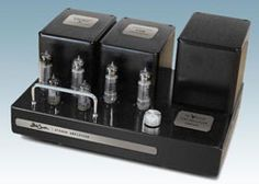 Bob Carver Announces 20-Watt Stereo Vacuum Tube Amp