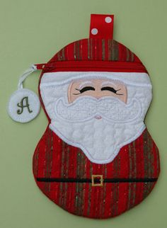 In The Hoop :: Bags, Cases, Purses & Wallets :: Santa Zipper Case - Embroidery Garden In the Hoop Machine Embroidery Designs