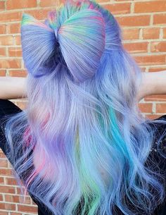 See here the most amazing and cute ideas of unique bow bun hairstyles to create in 2018. Learn through this post how to make this beautiful bun style for attractive hair looks in 2018. This is totally different hairstyles for women who didn't wear this type of bun before. So browse here and see how beautiful this style is.